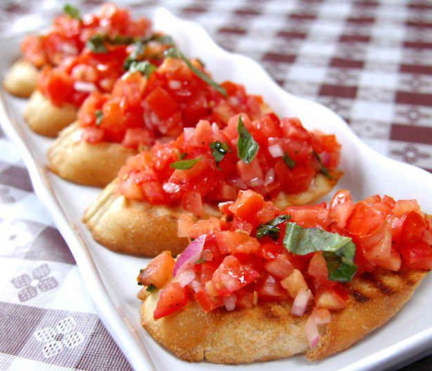 Bruschetta z pomidorkami (źródło: pinterest)