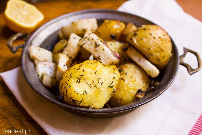 Pieczona kalarepa z młodymi ziemniakami (źródło: pinterest)