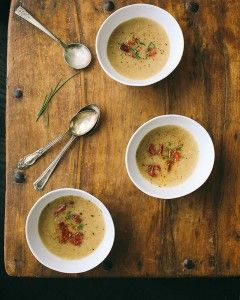 Biała zupa pomidorowa (źródło: pinterest)