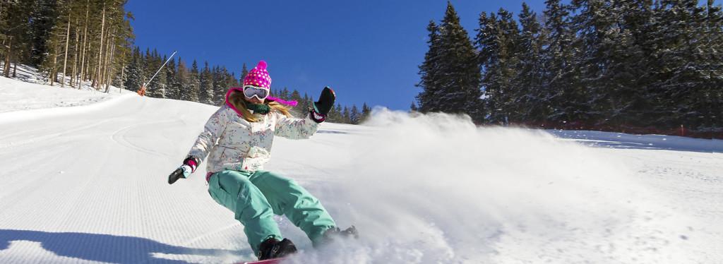 snowboard zjazd Alpy